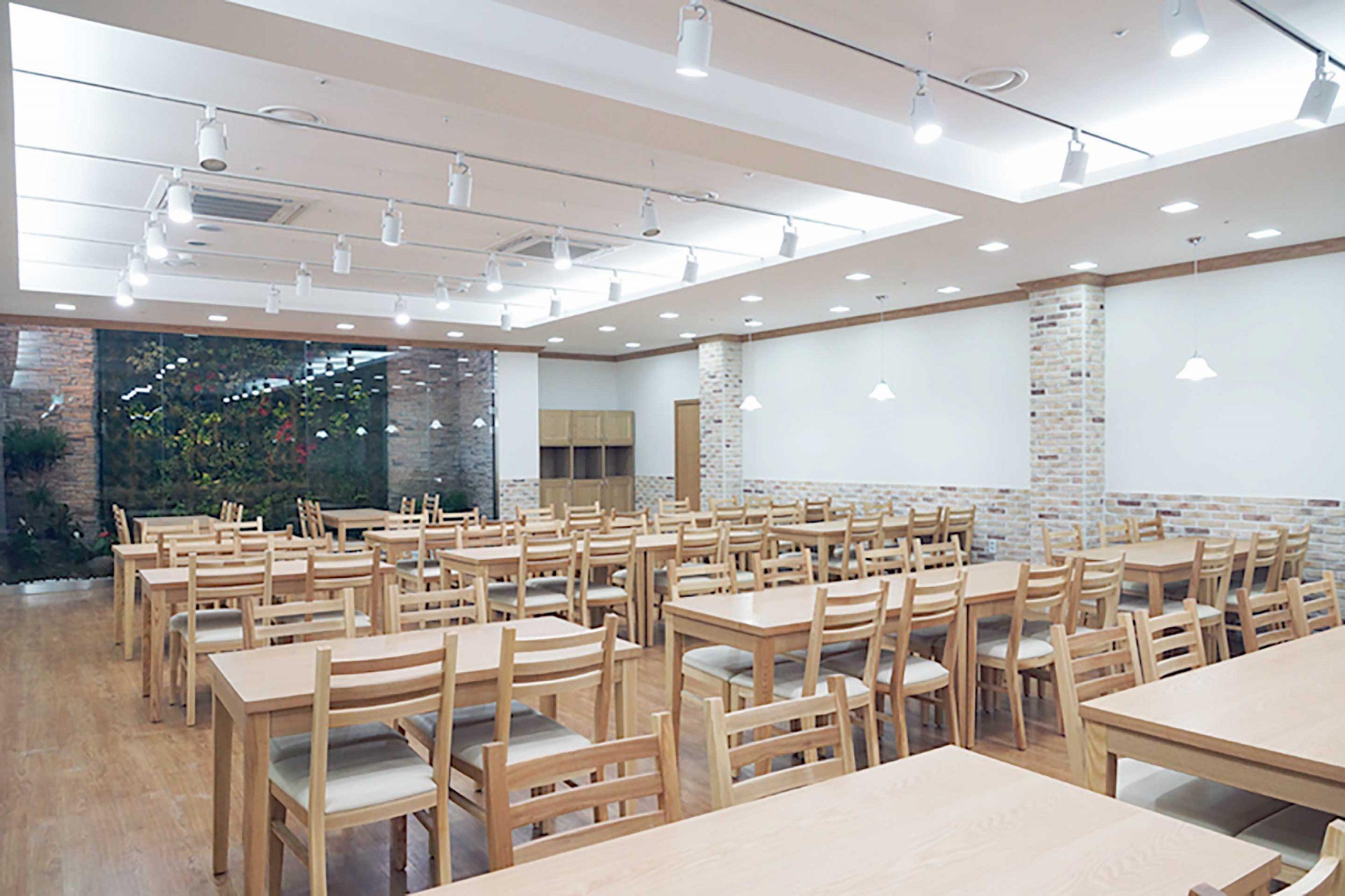 성우오토빌딩직원식당01006