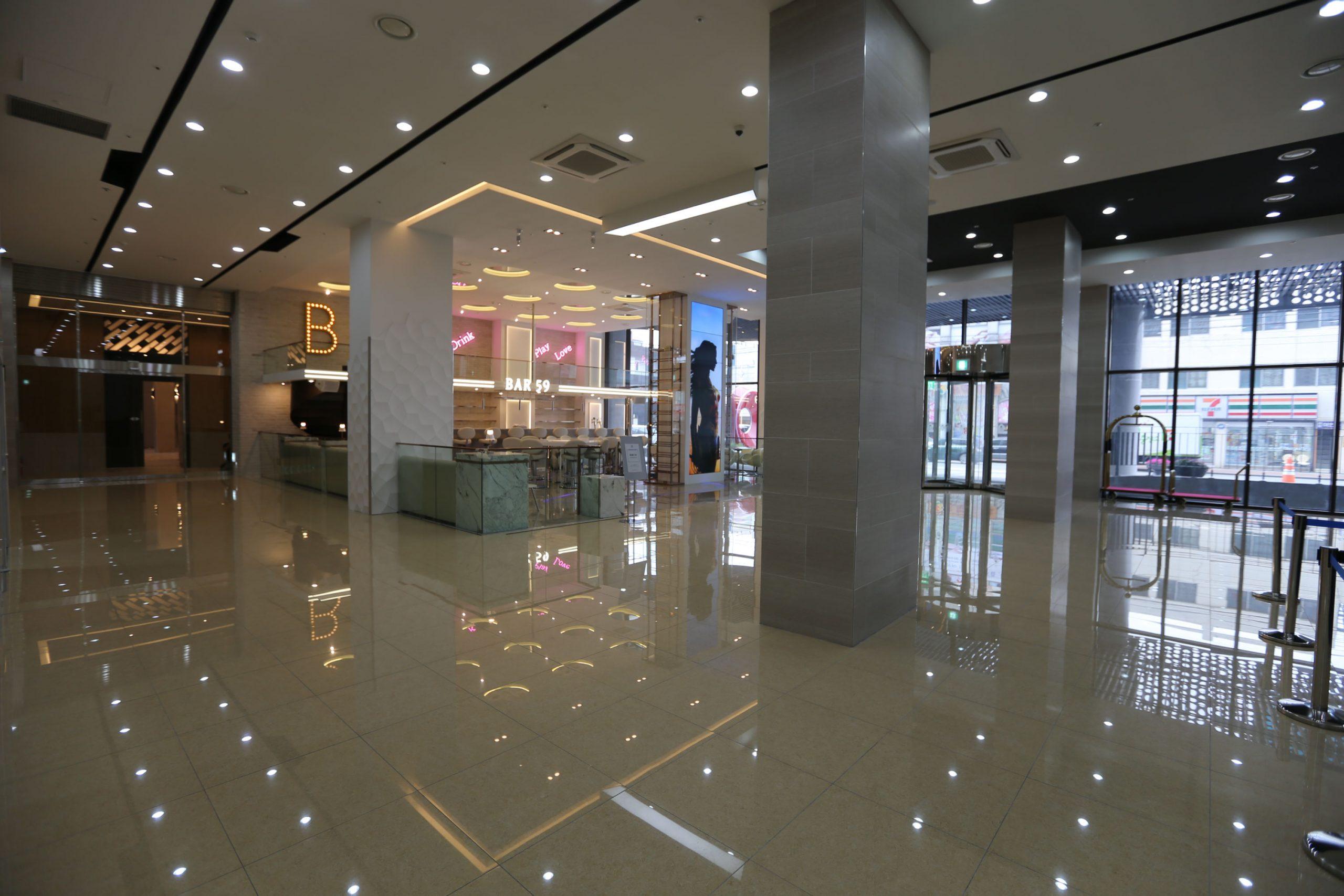 Bar59 강릉 씨베이 호텔 1층 로비 바